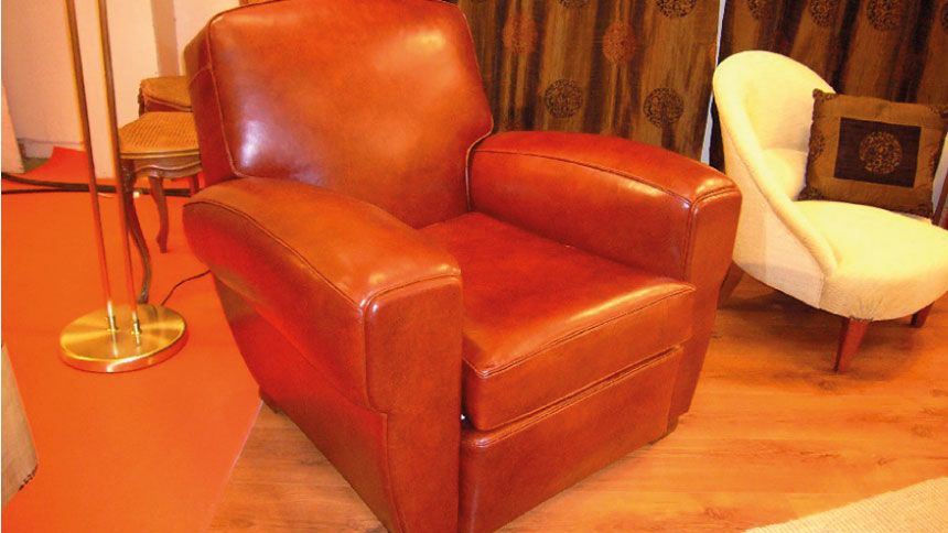 Rénovation de fauteuils tous styles, en cuir et en tissu avec décorateur orléanais